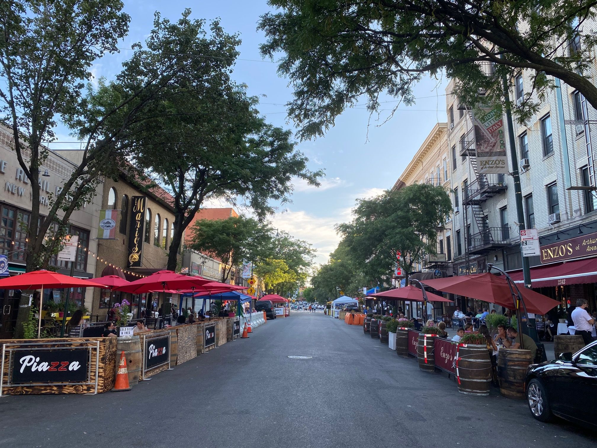 Image of a street in Bronx Little Italy