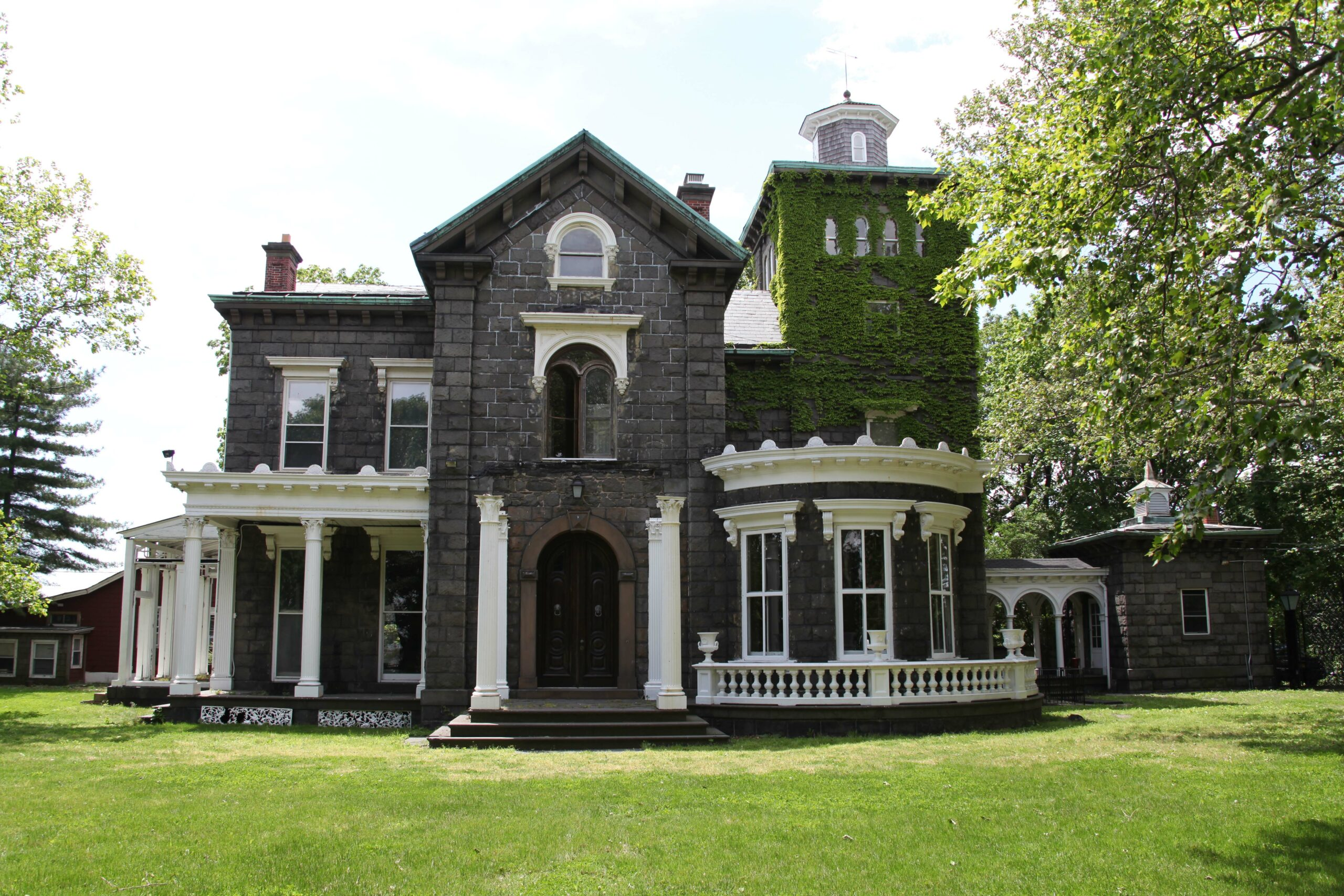 Exterior of the mansion